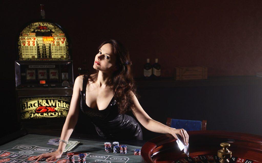 cards 1066386 1280 e1566639588990 - 【2020年最新版】おすすめのオンラインカジノ25選!最も稼げるカジノを探して比較してみた