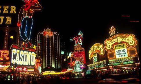 las vegas 599840 1280 486x290 - 【2020年最新版】おすすめのオンラインカジノ25選!最も稼げるカジノを探して比較してみた