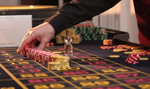 roulette 2246562 1280 486x290 - 【2020年最新版】おすすめのオンラインカジノ25選!最も稼げるカジノを探して比較してみた