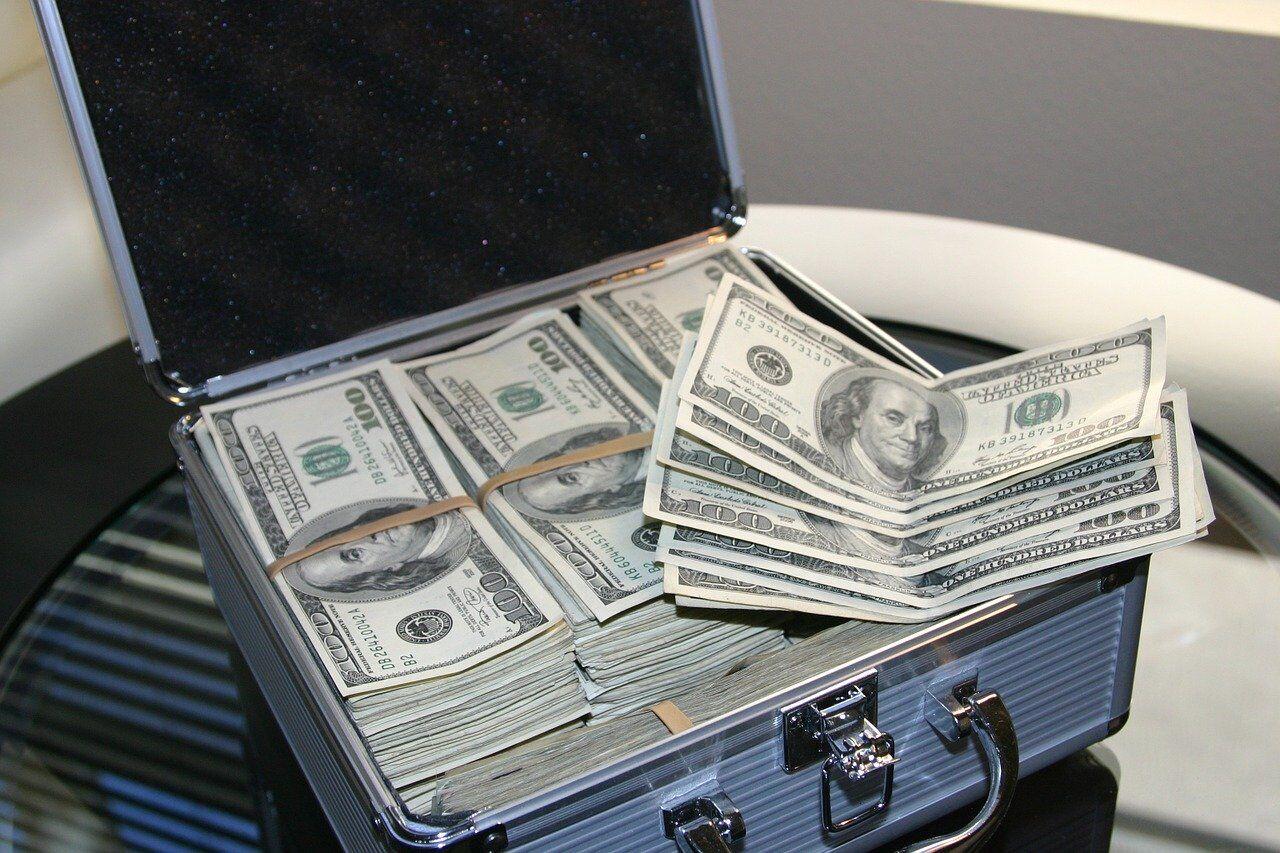 money 1428584 1280 - 【2020年最新版】オンラインカジノの入金・出金方法とその仕組みについて解説します!