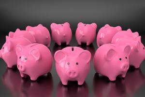 piggy 3608376 1280 300x200 - LINEスマート投資リニューアル!新キャラクターなど新機能3つが追加!