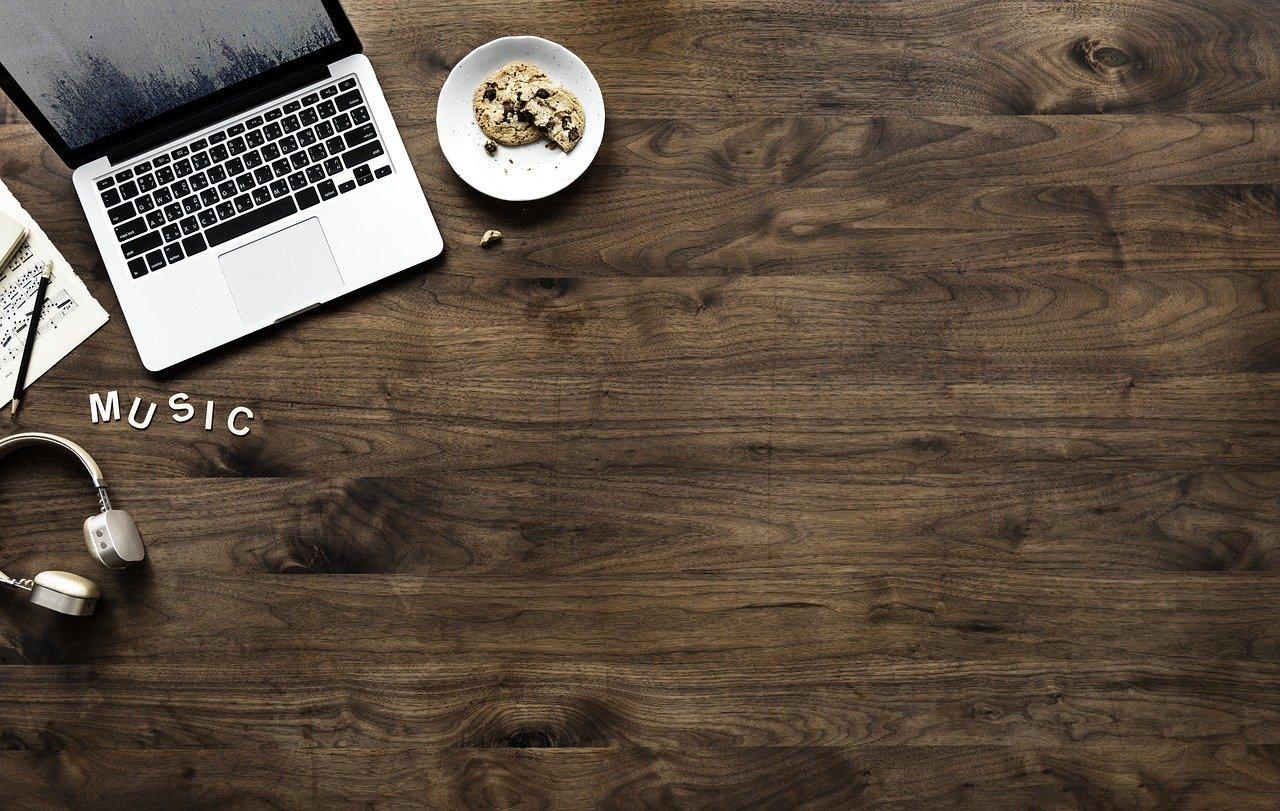 wood 3219267 1280 - ニートがブログ運営で稼ぐことは可能か?コツ・方法を徹底解説!